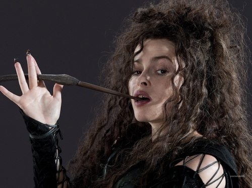DH1_Bellatrix_Lestrange_with_her_wand_01