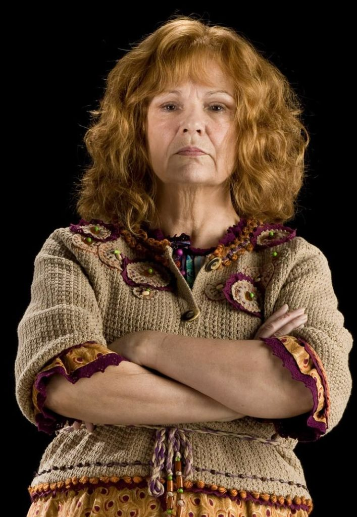 Molly_Weasley_(HBP_promo)_1 (1)
