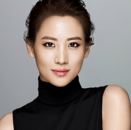 Claudia Kim on Korean plastic surgery kaya pancakes and her face cleansing addiction! B3